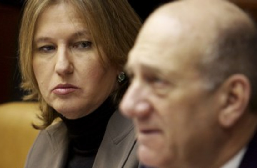 Olmert and Livni 370 (photo credit: REUTERS)