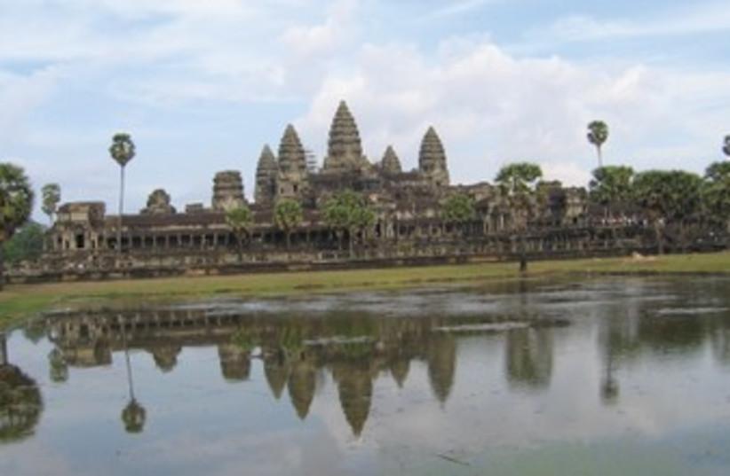 Angkor Wat 370 (photo credit: BEN G. Frank)