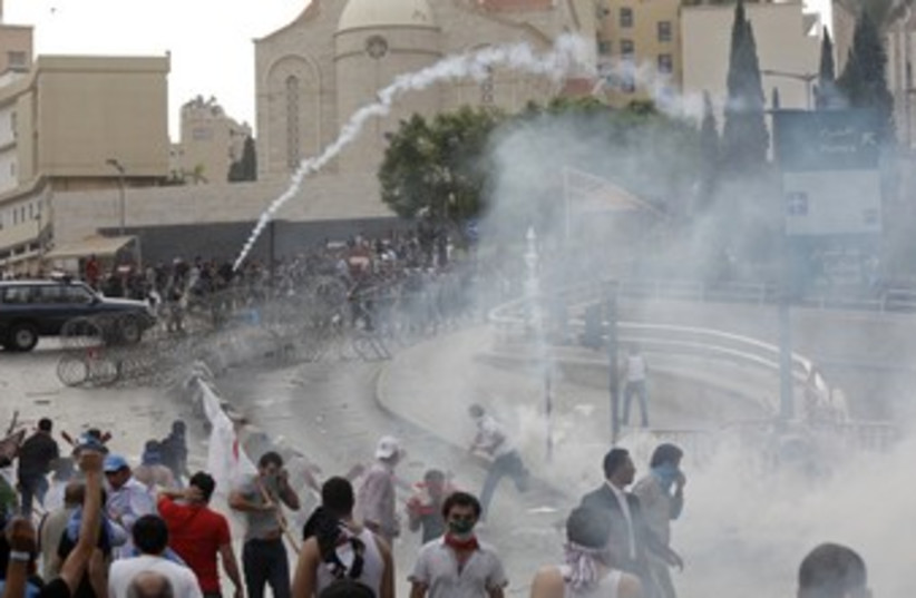 Violence erupts in Beirut 370 (photo credit: REUTERS/Stringer)