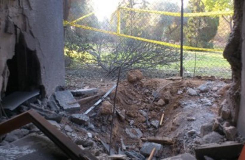 Rockets damage 2 390 (photo credit: Ben Hartman)