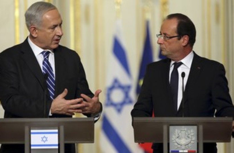 PM Netanyahu and French President Hollande 370 (photo credit: REUTERS/Philippe Wojazer)
