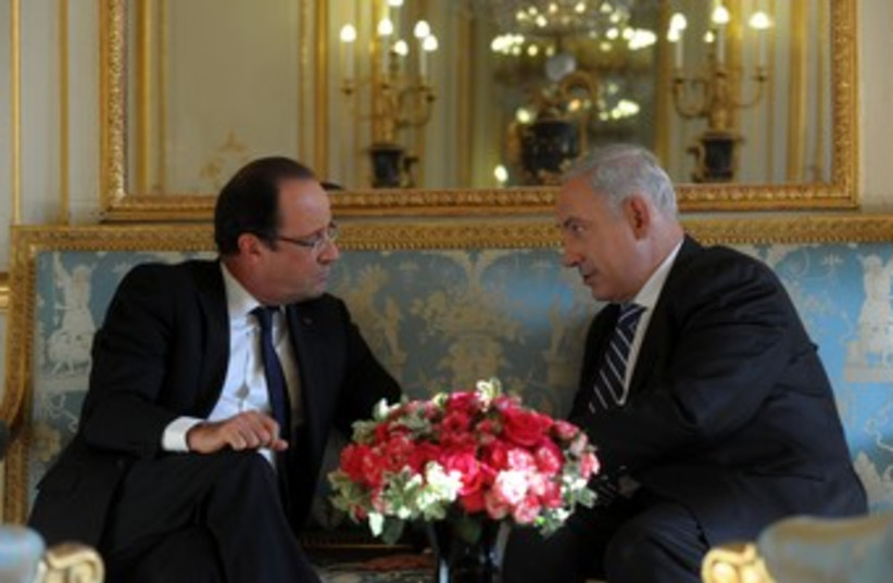 Netanyahu and Hollande (photo credit: Courtesy Government Press Office)
