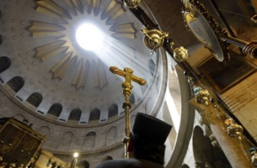 Mass at the Church of the Holy Sepulcher 370 (R) (photo credit: Ammar Awad / Reuters)