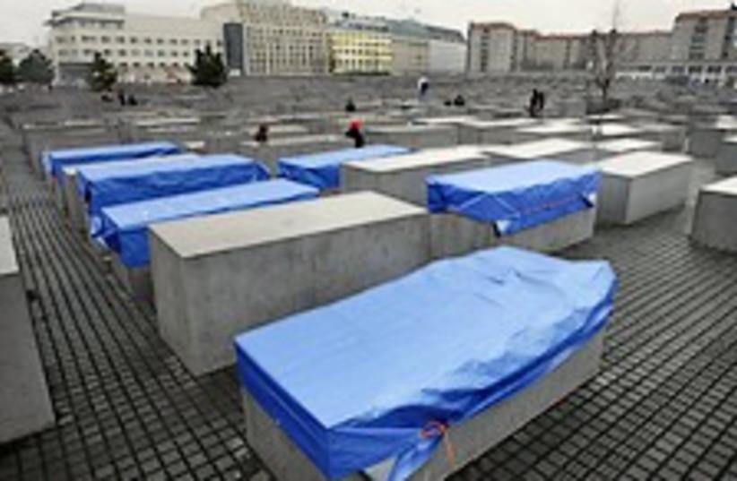 berlin memorial 224.88 (photo credit: AP)