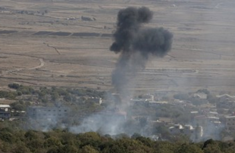 Syrian mortar shell explodes in Golan (photo credit: REUTERS/Baz Ratner)
