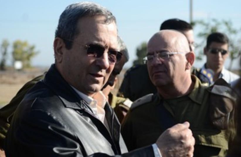 Ehud Barak at Gaza security evaluation 370 (photo credit: IDF Spokesman)