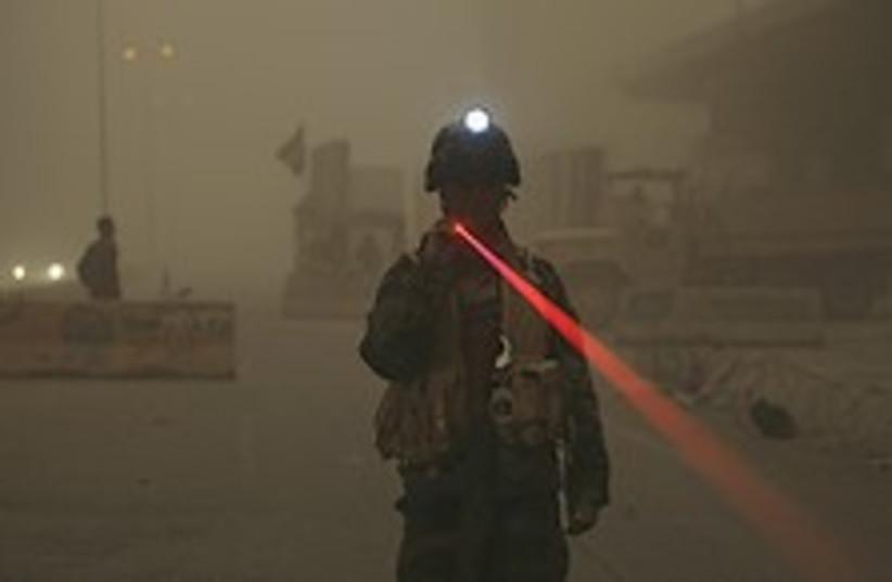 Iraq sandstorm 224.88 (photo credit: AP)