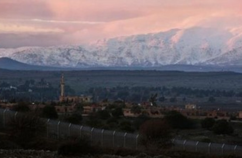 Syria-Israel border 370 (photo credit: Nir Elias/Reuters)