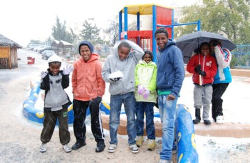 First snow for African migrants, January 9, 2012.