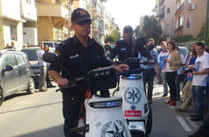 Police Tel Aviv election day 2013 370 (photo credit: Ben Hartman)