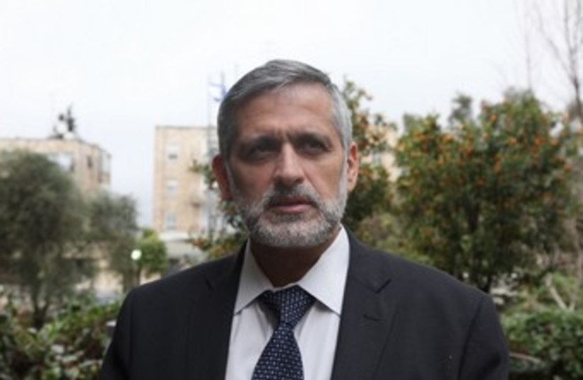 Eli Yishai at the President's residence 370 (photo credit: Marc Israel Sellem/The Jerusalem Post)