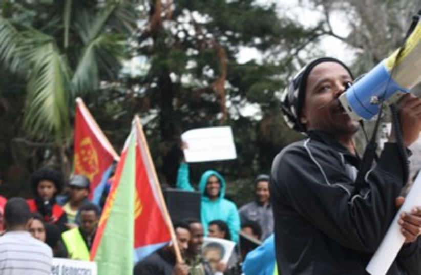 Eritrean migrants protesting 370 (photo credit: Ben Hartman)