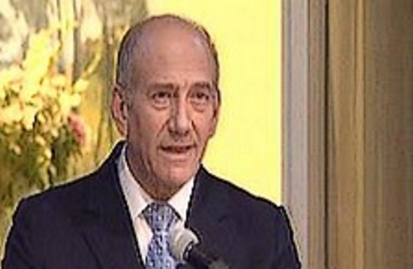 olmert press conference (photo credit: Channel 10)