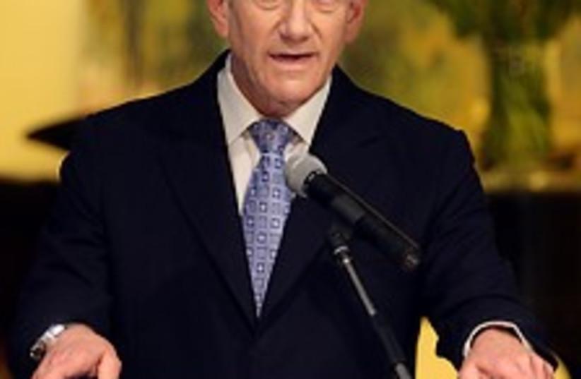 Olmert speaks 224.88 (photo credit: Ariel Jerozolimski [file])