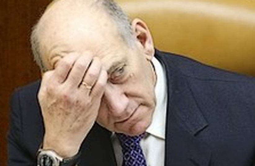 Olmert worried 224.88 (photo credit: Ariel Jerozolimski )
