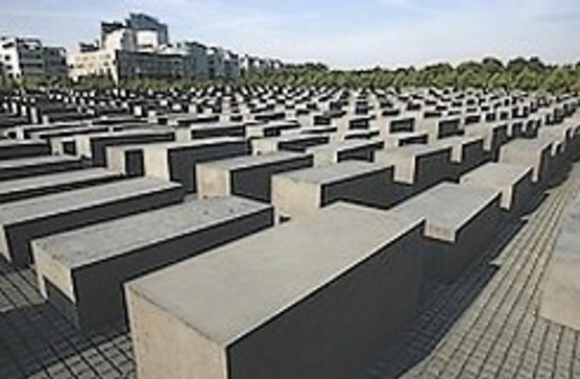 Berlin holocaust memoria (photo credit: AP)