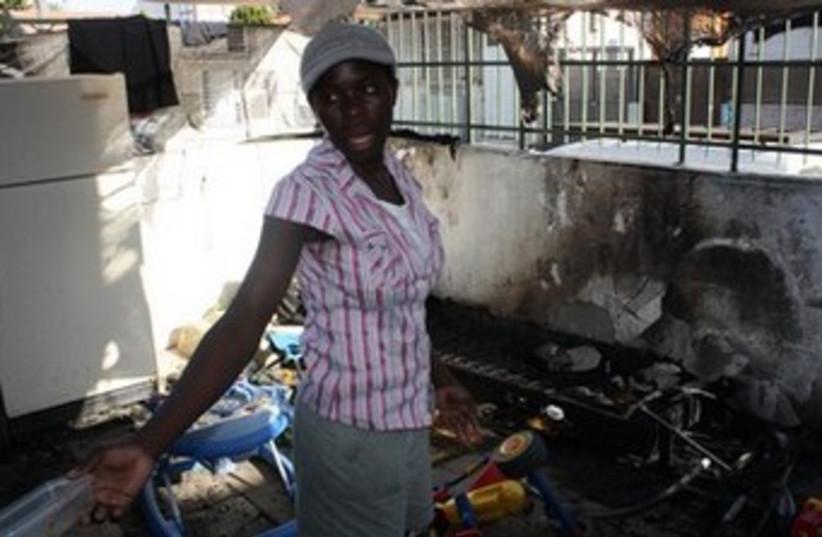 African migrant woman (photo credit: Ben Hartman)