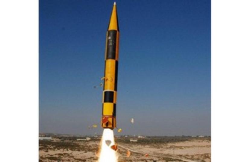 Arrow 3 missile defense 370 (photo credit: Defense Ministry)