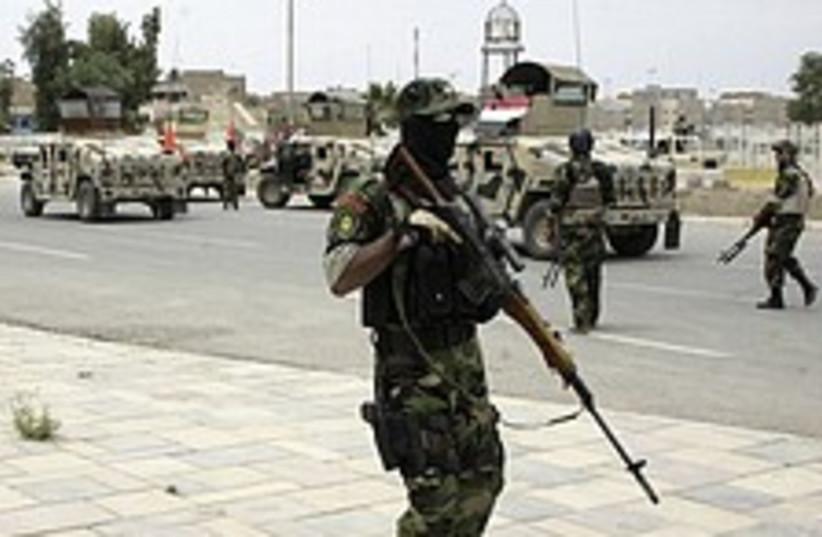Iraq patrol 224.88 (photo credit: AP)