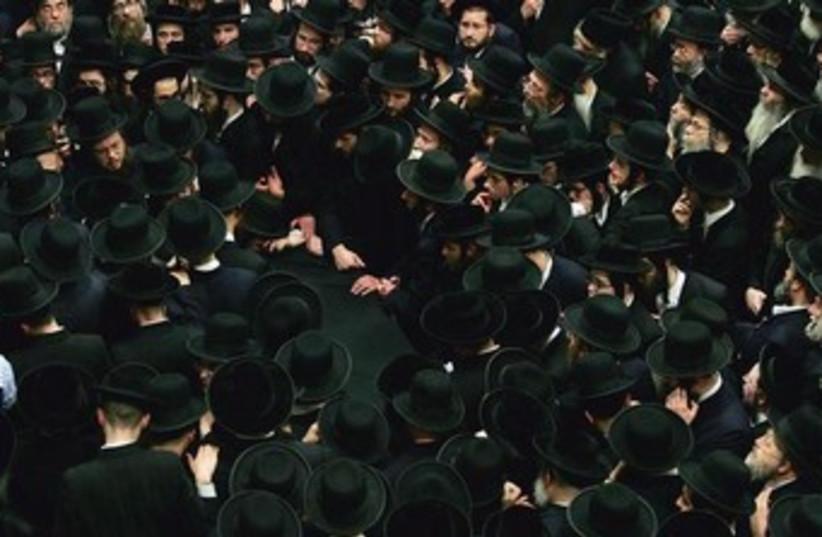 American Hassidic Jews 370 (photo credit: REUTERS/Shannon Stapleton)