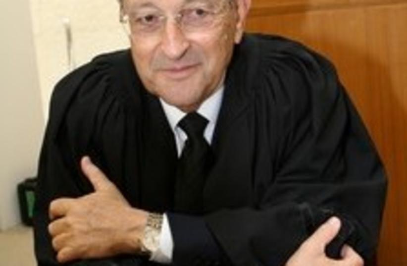 zohar olmert lawyer 224 (photo credit: Ariel Jerozolimski)