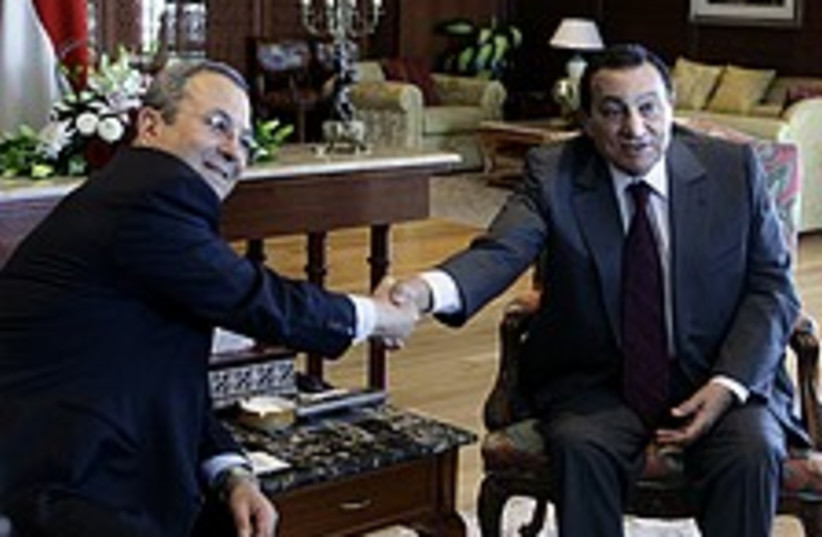 barak mubarak 224 88 ap (photo credit: AP)
