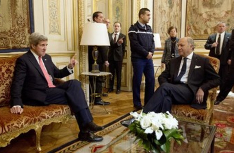 Kerry and Fabius 370 (photo credit: REUTERS)