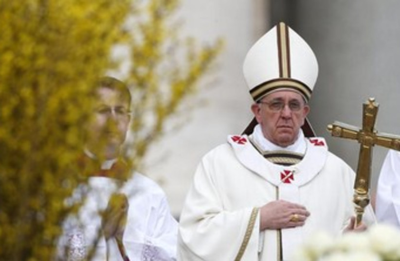Pope Francis 370 (photo credit: REUTERS)
