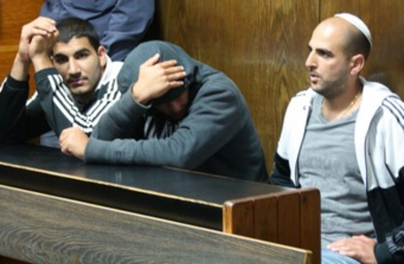 Dror and Omer Alperon in court 370 (photo credit: Ben Hartman)