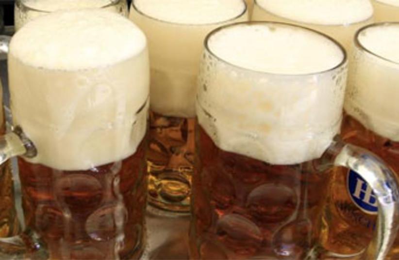 Beer mugs 370 (photo credit: Reuters)