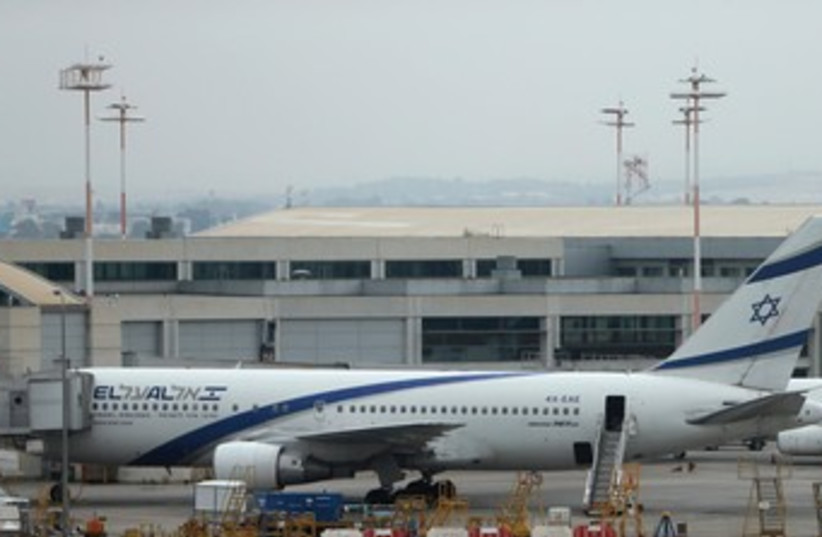 El al plane at rest 370 (photo credit: REUTERS)