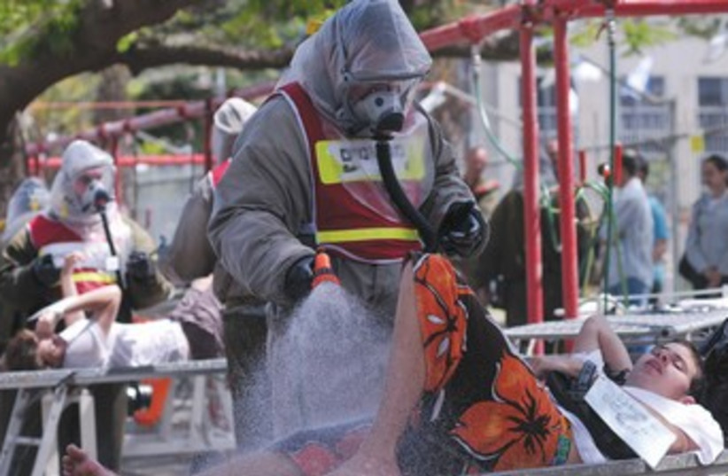 chemical weapons drill370  (photo credit: IDF Spokesperson )