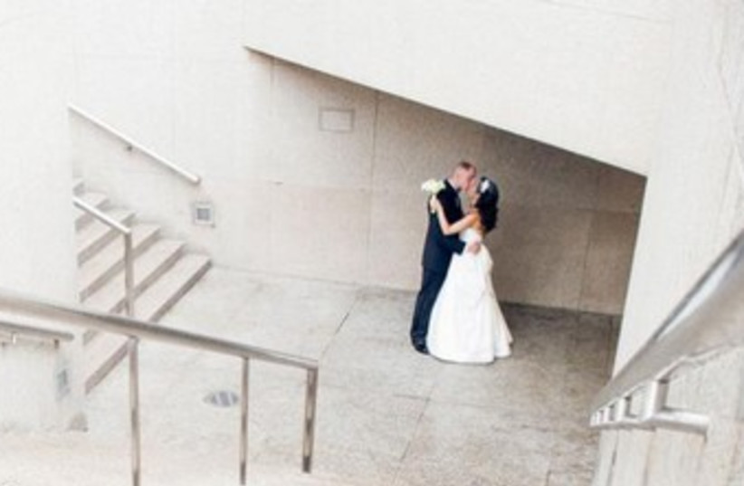 Wedding dance 370 (photo credit: Courtesy Hiddush)