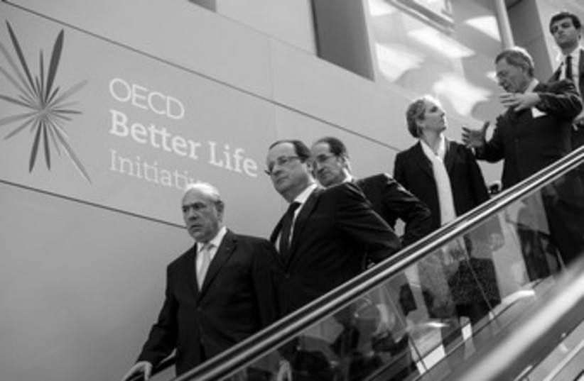 OECD 370 (photo credit: REUTERS)