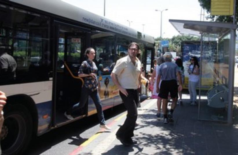 Bus 370 (photo credit: Marc Israel Sellem)