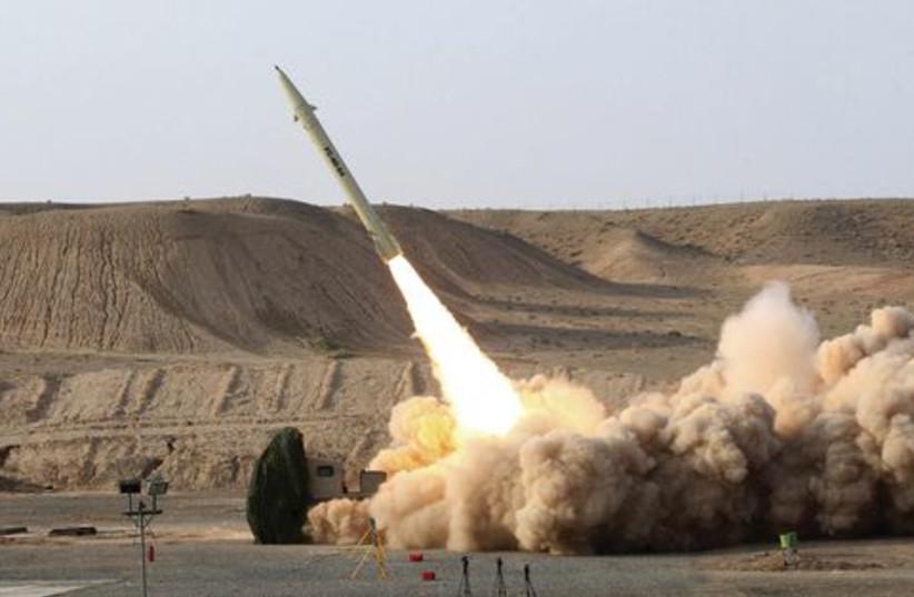 Missile521 (photo credit: Reuters)