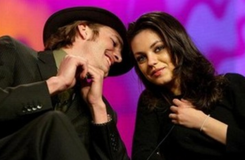 Mila Kunis and Ashton Kutcher 390 (photo credit: REUTERS)