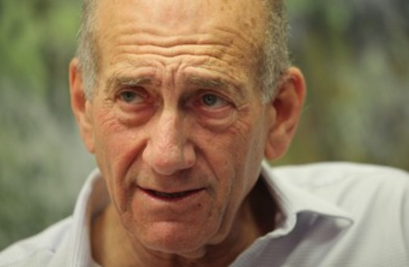 Olmert looking concerned 370 (photo credit: Marc Israel Sellem/The Jerusalem Post )