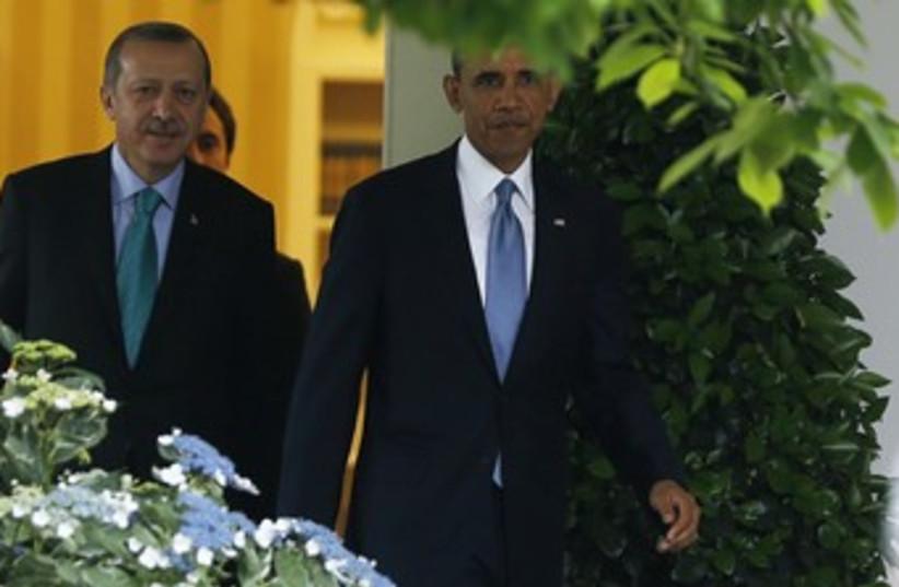 Erdogan, Obama romantic in the Rose Garden 370 (photo credit: REUTERS)