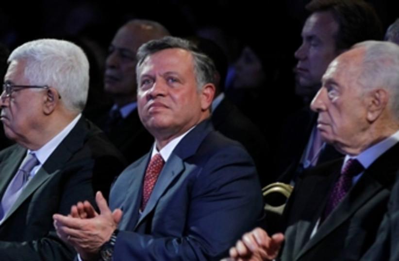 Peres Abdullah Abbas WEF 370 (photo credit: Reuters)