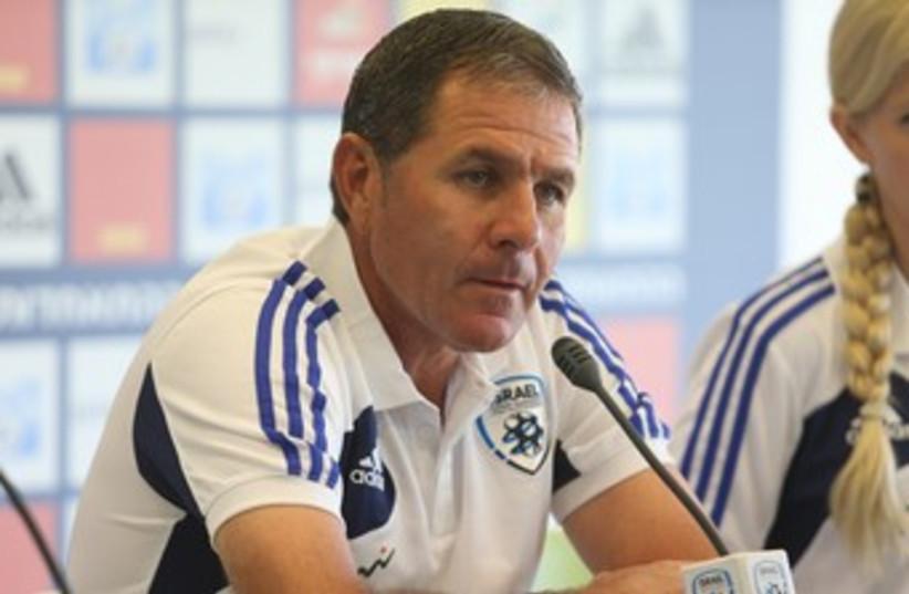 Israel coach Eli Gutman 370 (photo credit: Adi Avishai)