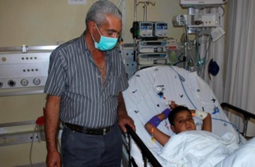 Palestinian child who got kidney donation 370 (photo credit: Courtesy Schneider Medical Center)