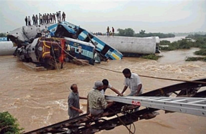 india train wreck 298 (photo credit: AP)