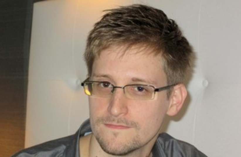 Edward Snowden 370 (photo credit: REUTERS)