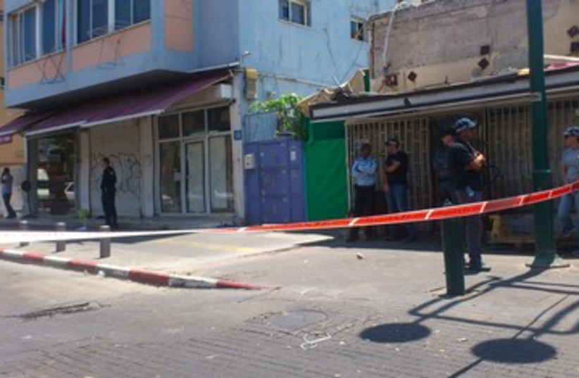 Police crime scene south Tel Aviv 370 (photo credit: Ben Hartman)
