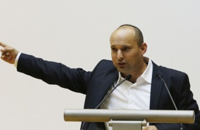 Bennett pointing 370 (photo credit: Marc Israel Sellem/The Jerusalem Post)