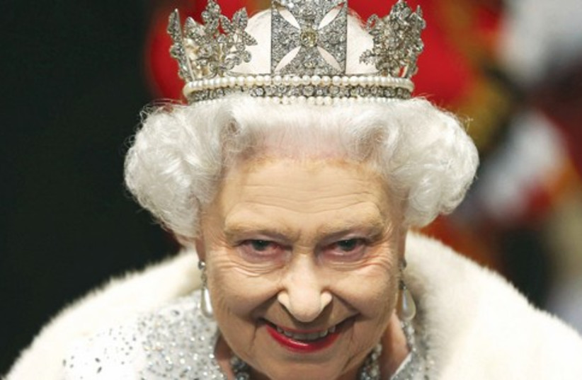 Queen Elizabeth II (521) (photo credit: Reuters)