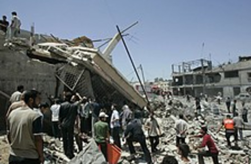 Gaza rubble fab 224.88 (photo credit: AP)