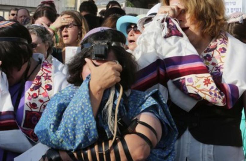 Women of the Wall 2013 (390) (photo credit: Marc Israel Sellem/The Jerusalem Post)