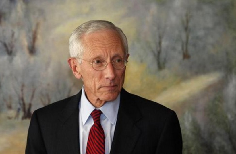 Stanley Fischer nice background 512 (photo credit: REUTERS)